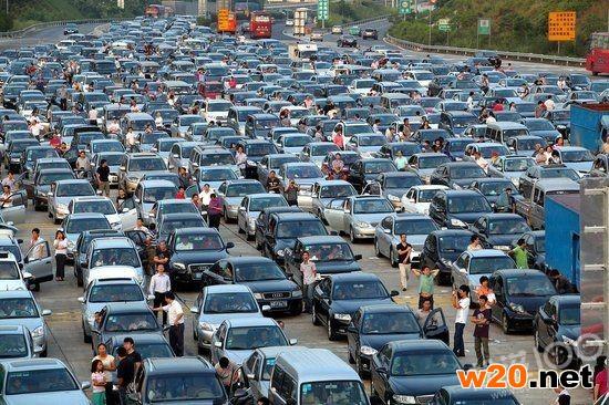 盘点2015国庆高速堵车图