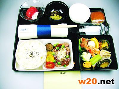 全日空机上便餐