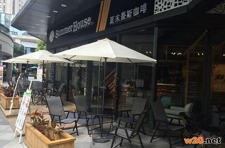 咖啡店特斯林桌椅