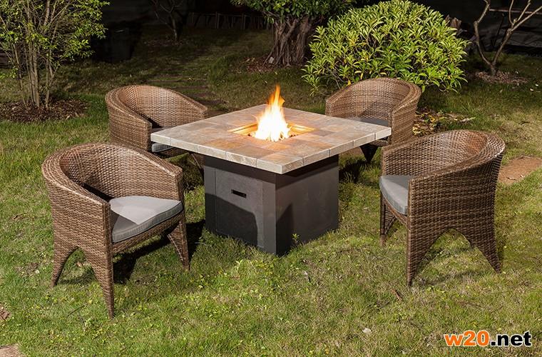 户外火炉桌子