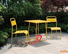 户外铁艺桌椅 黄色休闲桌椅