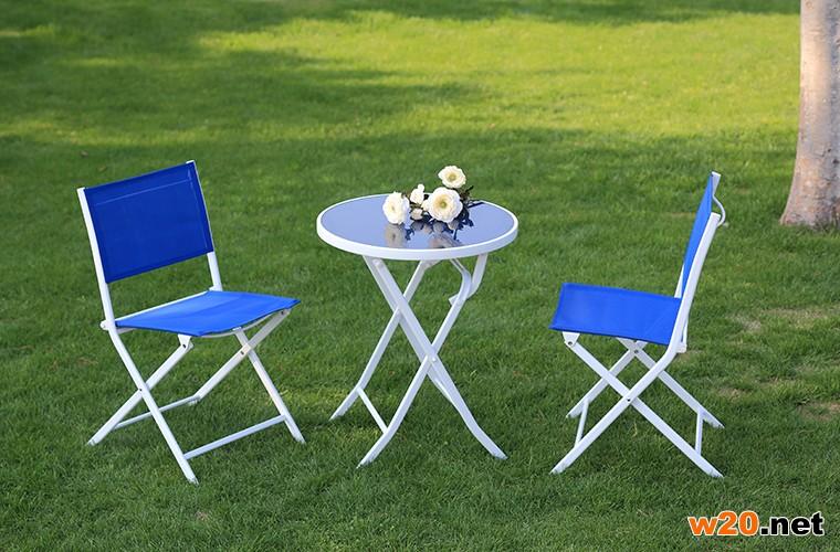 深蓝色阳台特斯林折叠桌椅