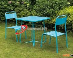 蓝色户外铁艺桌椅