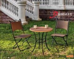 GRC桌面编藤咖啡桌椅