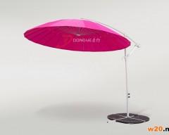 玫红色遮阳伞