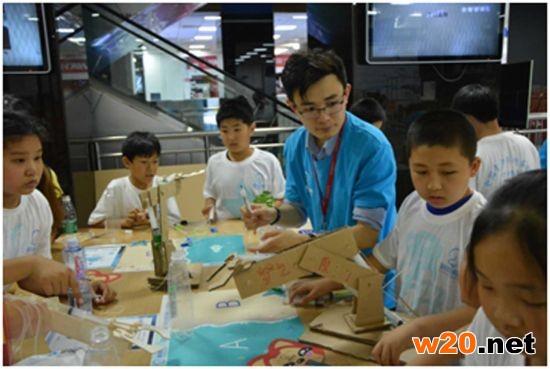 首届全国青少年创客联赛在北京中关村拉开战幕