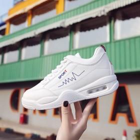 小白鞋女韩版2018新款街拍气垫运动学生百搭跑步休闲轻便板鞋ins