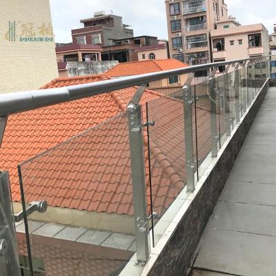 304不锈钢玻璃栏杆